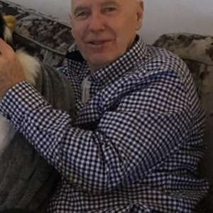 My brother Robert Malloy has been missing for 24 hrs. . Please post here if you have seen him. 69 years old. 5.9 ft. Shaved head.